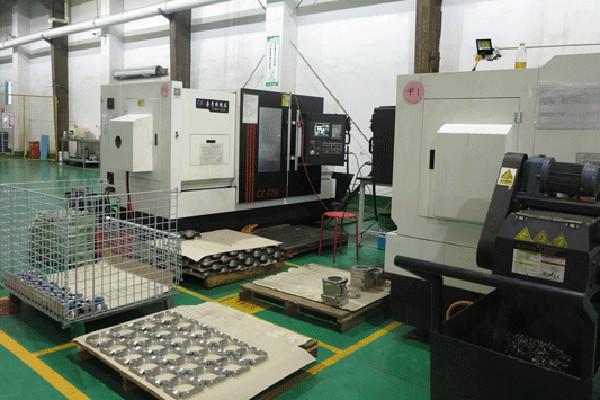 PULUTE-CK6152E-CNC-Lathes